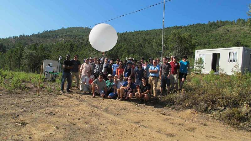 Perdigão research group with weather balloon